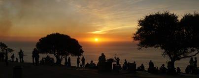 Opiniones de la puesta del sol de la colina de la señal en Cape Town, Suráfrica fotos de archivo