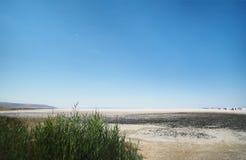 Opiniones de lago de sal de Turquía fotos de archivo
