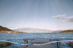 Opiniones del lago Garda de Salo, Lombardía Fotografía de archivo libre de regalías
