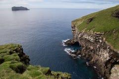 Opiniones del mar, islas de Westman fotos de archivo