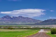 Opiniones del paisaje de Tremonton y de Logan Valley del paso de la carretera 30, incluyendo ciudades el colocar, de Beaverdam, d foto de archivo libre de regalías