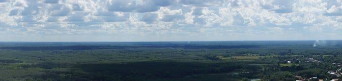 Opiniones del paisaje en la montaña Imagenes de archivo