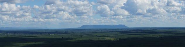 Opiniones del paisaje en la montaña Fotos de archivo libres de regalías
