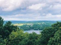 Opiniones del verano de la torre de Tom State Park del soporte foto de archivo