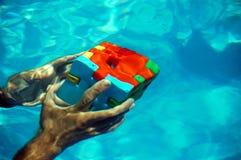 Oplossingen wanneer u onderwater bent Stock Foto