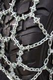 Opona z śnieżnymi łańcuchami Obraz Stock