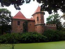 Oporow-Schloss Polen-Schlossburggraben Stockfotos