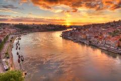 Oporto al fiume Duoro, tramonto Fotografie Stock