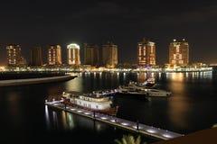 Oporto Arabia alla notte. Doha Fotografia Stock