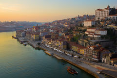 Oporto en la puesta del sol, Portugal Foto de archivo libre de regalías
