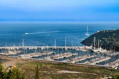 Oporto Ercole, Italia 30 luglio 2018 Porto di Cala Galera fotografie stock libere da diritti