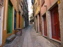Oporto historiskt ruaDOS Mercadores Arkivfoto