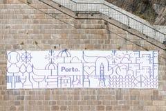 OPORTO, PORTOGALLO - 20 AGOSTO 2017: Logo della città di Oporto, fatto in briciolo Fotografia Stock Libera da Diritti