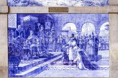OPORTO, PORTOGALLO - 4 LUGLIO 2015: Pannello d'annata antico di Azulejos Immagine Stock Libera da Diritti