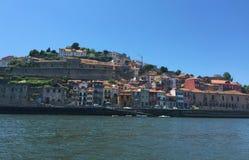 Oporto Portugal - la visión desde el monasterio del Serra hace Pilar imagen de archivo libre de regalías