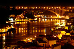 Oporto vid natt - Portugal royaltyfri foto