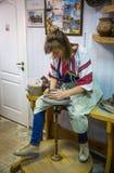 OPOSHNYA, UKRAINE 21. SEPTEMBER: Kunstausstellung von Tonwaren auf Se Lizenzfreie Stockfotografie
