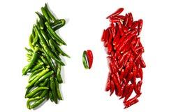 Oppositie van twee hopen van Spaanse peperdocumenten Stock Foto's