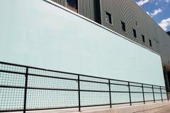 Opróżnia ścianę na stronie budynek Obraz Stock