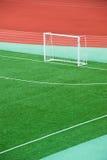 opróżnia śródpolną piłkę nożną Fotografia Stock