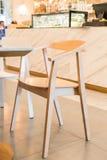 opróżnia krzesła w restauraci Fotografia Royalty Free