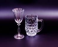 Piwny kubek i wina szkło Zdjęcia Royalty Free