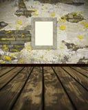 opróżnia podłogowej ramy grunge parquet ścianę zdjęcia royalty free