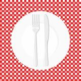 Opróżnia Talerza z nożem i rozwidla Rozdaje rozwidlenie i nóż na czerwonym tablecloth w klatce ilustracja wektor