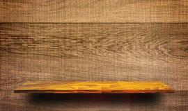 Opróżnia Drewnianego szelfowego pokazu dla produkt reklamy Zdjęcie Stock