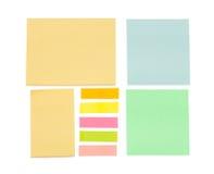 Opróżnia kolor kleiste notatki Zdjęcia Stock