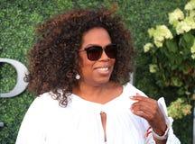 Oprah Winfrey asiste al partido 2015 del tenis del US Open entre Serena y Venus Williams Foto de archivo libre de regalías
