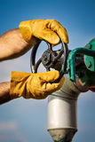 Opérateur de production de pétrole et de gaz Photos stock
