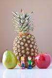 Oprimido por Nutrição Escolha (fruta) Fotografia de Stock Royalty Free
