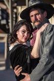 Opryskliwy mężczyzna i kobieta zdjęcia royalty free