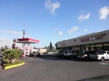 7-11 opslag en benzinestation Stock Afbeeldingen