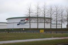 Opslagtanks van de Terminal van Maatschap Europoort bij de Europort-haven stock fotografie