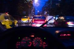 Opstopping bij nacht Stock Fotografie