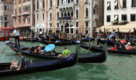 Opstopping in Venetië Stock Foto