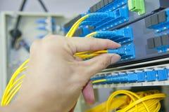 Optisches Netz der Faser verkabelt Änderung am Objektprogrammpanel Stockbilder