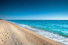 Opustoszała plaża. zdjęcia stock