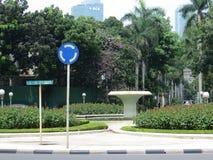 Opustoszała ulica w Menteng, Dżakarta Zdjęcia Royalty Free