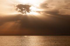 Opustoszała zaciszność dezerterował spokojnego morze horyzont obrazy royalty free