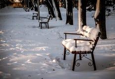 Opustoszały zima park fotografia stock