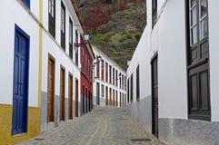Opustoszałe ulicy w Agulo miasteczku Zdjęcia Royalty Free