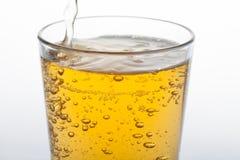 Opuszczający jabłczany sok w szkle fotografia royalty free