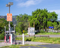 opuszczona stacja benzynowa Zdjęcie Royalty Free