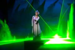 Orättvisan till Dou E--Den historiska magiska magin för stilsång- och dansdrama - Gan Po Royaltyfri Foto