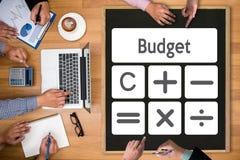 Orçamento Calcul da operação bancária da contabilidade do investimento empresarial do cálculo Imagem de Stock