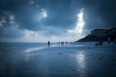 Ora blu sulla spiaggia blu della montagna Fotografie Stock