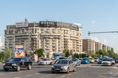 Ora di punta in Union Square (Piata Unirii) di Bucarest Fotografia Stock Libera da Diritti